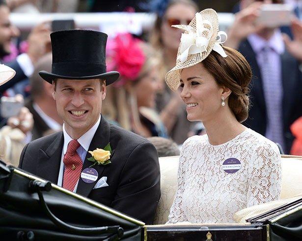 人前で多くを語らない王室のイメージを変えるウィリアム王子夫妻