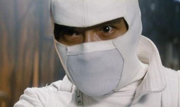 イ・ビョンホンが演じる白い忍者「ストームシャドー」