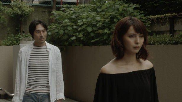 """加藤夏希が演じるのは""""愛してる""""の台詞が言えず監督と対立してしまう女優の愛子"""