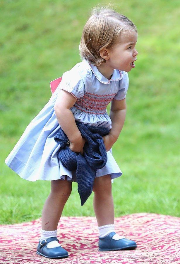 シャーロット王女のファッションにも注目が集まっているようだ