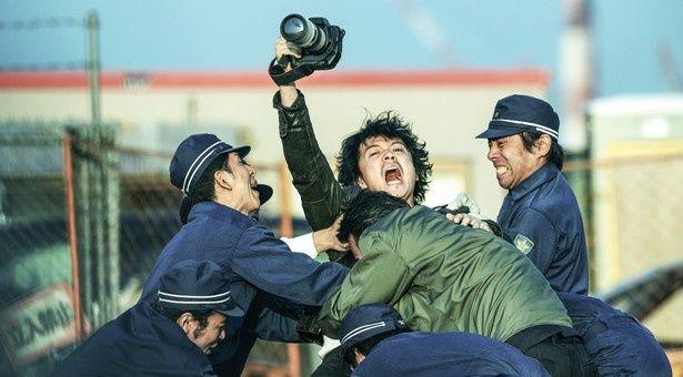 初登場4位は、福山雅治が大根仁監督とタッグを組んだ『SCOOP!』