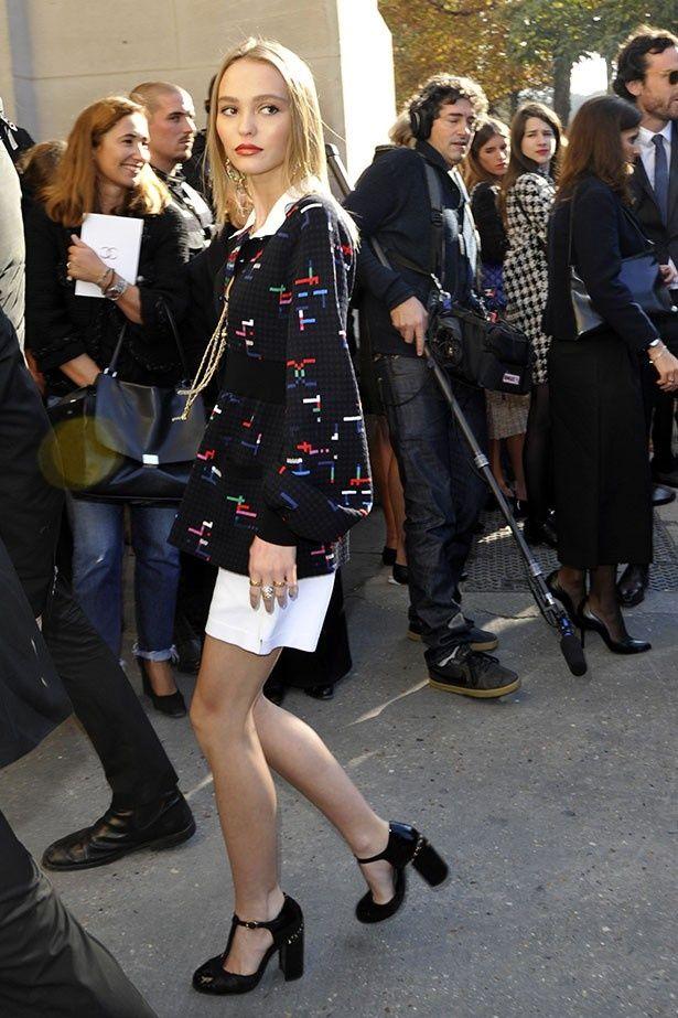 パリ・ファッション・ウィークにリリーが登場!