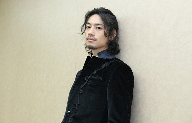 TAKAHIRO&登坂広臣とについて「2人のことを知りたくて、彼らの楽曲を聞いたりして研究しました」と語る斎藤