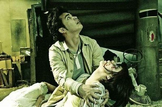 日本初の3D実写長編映画『戦慄迷宮3D』