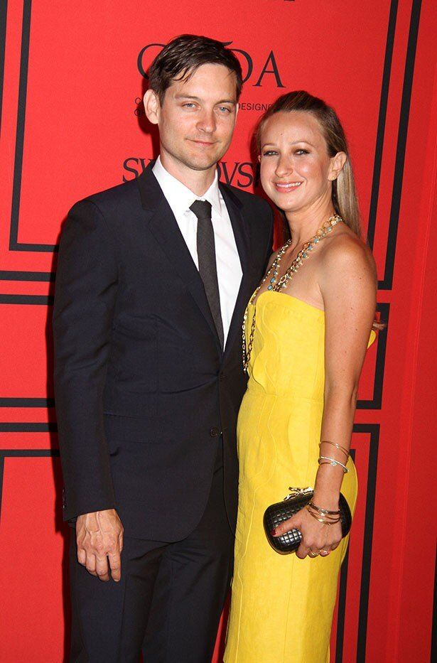 トビーとジェニファーが離婚を共同声明で発表した