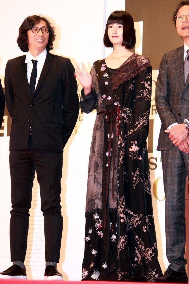 """『うつくしいひと』の橋本愛のドレス姿はまさに""""うつくしいひと""""だった"""
