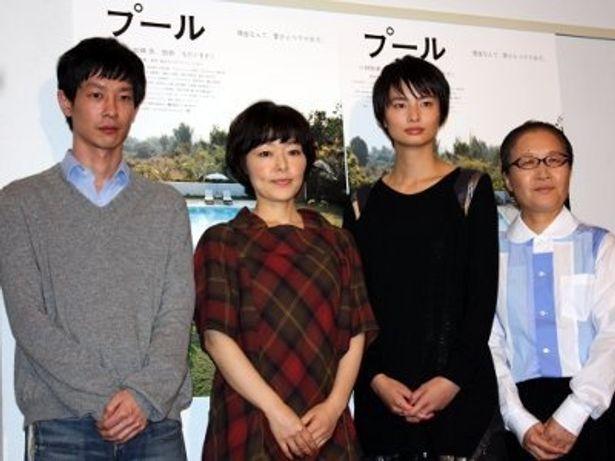 左から:加瀬亮、小林聡美、伽奈、もたいまさこ