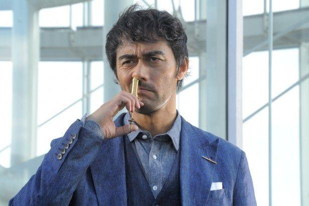 「スニッファー 嗅覚捜査官」で主演を務める阿部寛