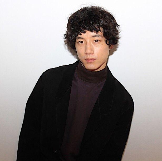坂口健太郎が「かわいい」と思う女性って!?