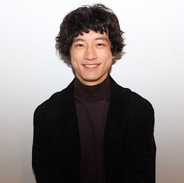 """坂口健太郎「普通でいたい」。ポリシーに見える""""柔らかな魅力"""""""