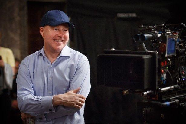 メガホンをとったのは、「ハリー・ポッター」シリーズでおなじみのデヴィッド・イェーツ監督