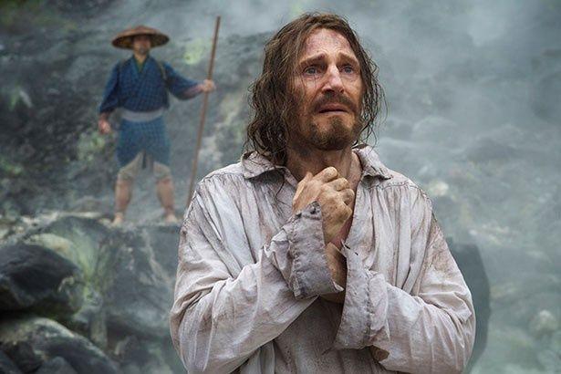 棄教したとされる神父フェレイラを演じるのはリーアム・ニーソン