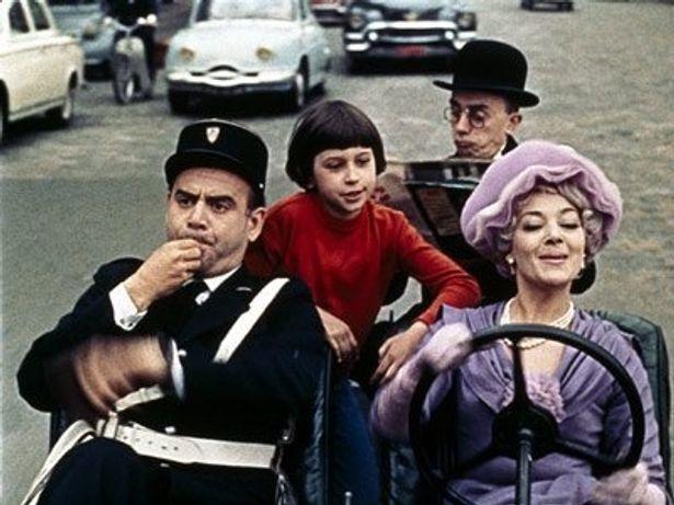 60年代当時のパリの街並みが堪能できるのもポイント
