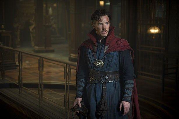 【写真を見る】魔術を操るマーベルの新たなヒーロー、ドクター・ストレンジ
