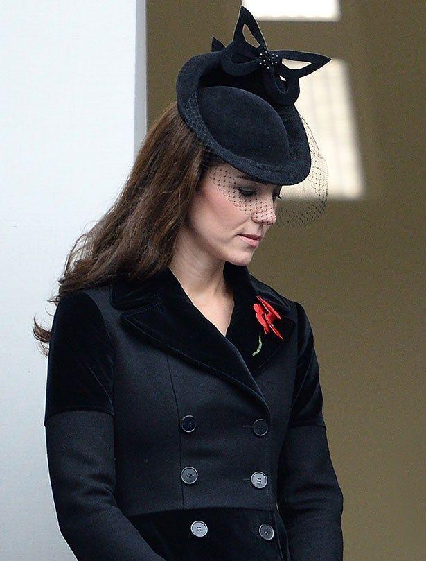 昨年の戦没者追悼式典でも同じコートを着ていたキャサリン妃