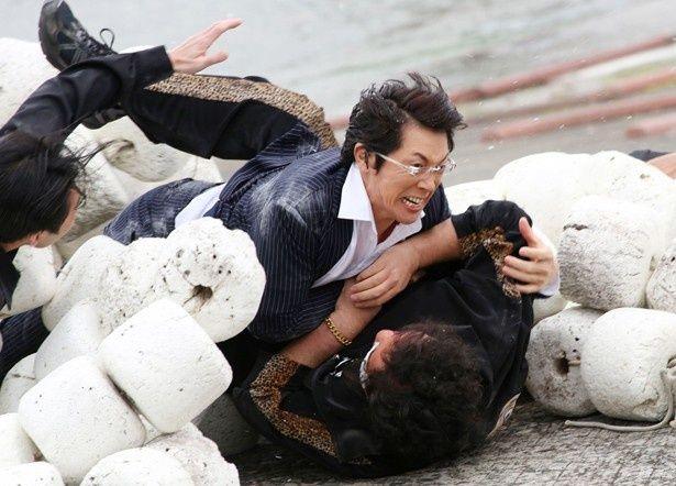 【写真を見る】ジャニーズWEST・濱田崇裕が初出演映画で発揮したアクションが凄い!