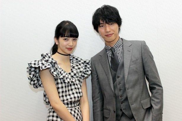 『ぼくは明日、昨日のきみとデートする』で共演した福士蒼汰と小松菜奈