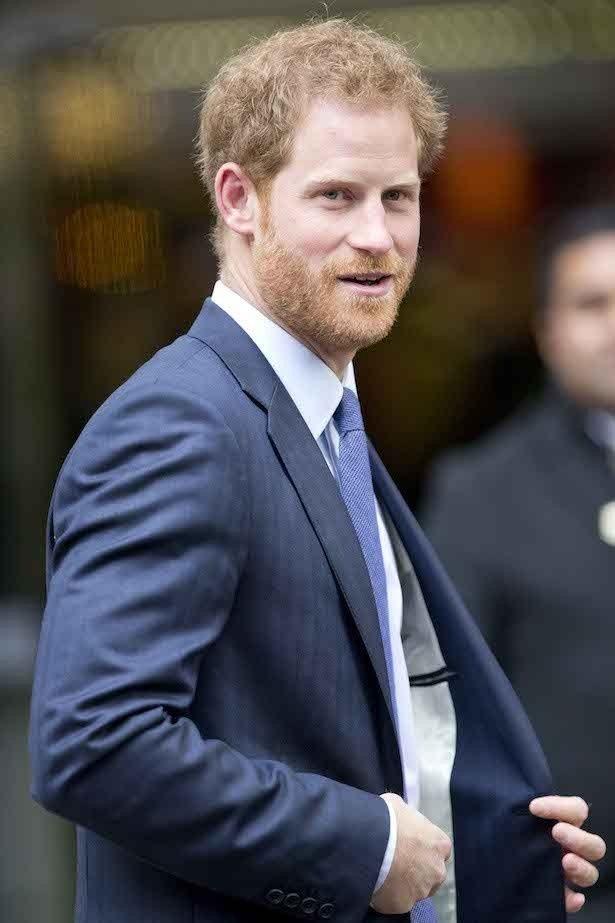 ヘンリー王子が自らの運転で恋人メーガンを空港に送ったという