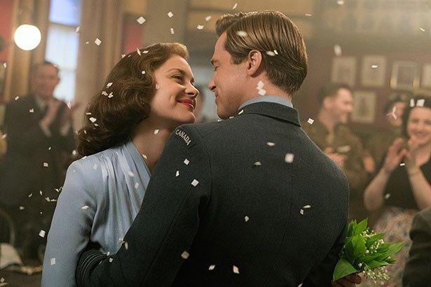 【写真を見る】ブラッドとマリオンの共演作『マリアンヌ』でのロマンチックな1枚