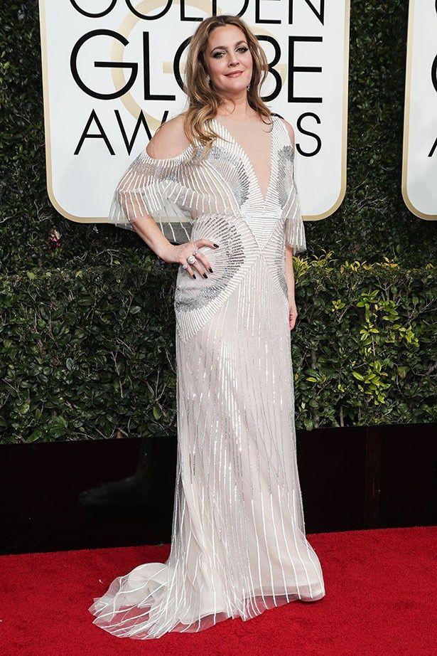 美しいドレス姿がGG賞授賞式で注目されたドリュー・バリモア