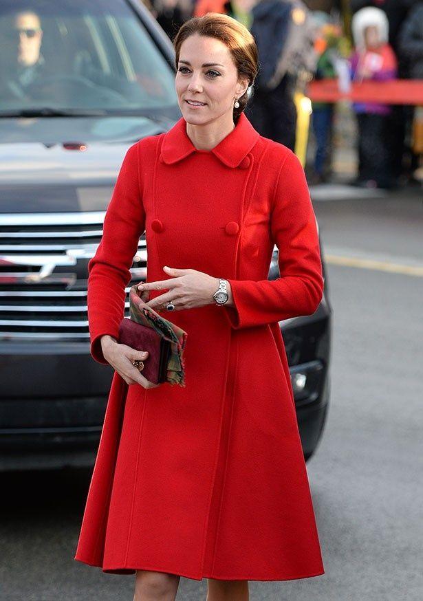 キャサリン妃はクラッチバッグが好きで持っているわけではないようだ