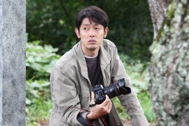 こちらは父・ひろしに相当する暁役の筒井道隆