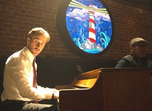 ジャズピアニストのセブを演じるのはライアン・ゴズリング